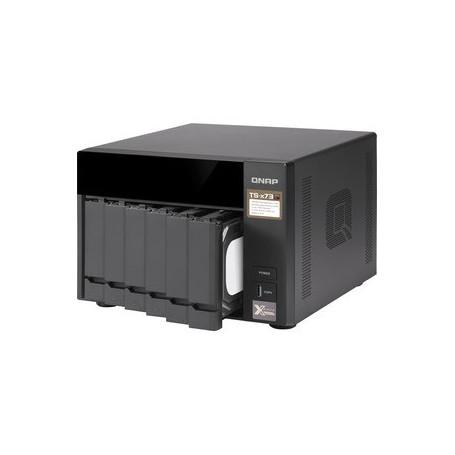 Sistema di memorizzazione SAN/NAS QNAP TS-673